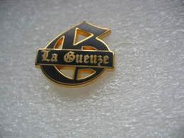 """Pin's Embleme De La Biere """"La GUEUZE"""" - Bière"""