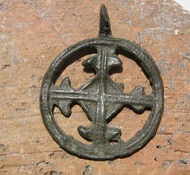 "Ancient Bronze Pendant ""Cross In Circle"" Kievan Rus Vikings 10-13 AD - Archeologia"