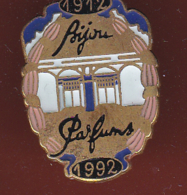 59404-Pin's. Bijou Parfums 1912-1992.. - Parfums