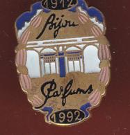 59404-Pin's. Bijou Parfums 1912-1992.. - Perfume