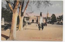 MONTPELLIER - N° 23 - PROMENADE DU PEYROU AVEC PERSONNAGES - CPA COULEUR NON VOYAGEE - Montpellier