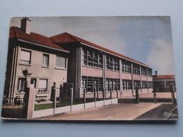 Le Groupe Scolaire Joliot Curie ( CIM ) Anno 1963 ( DETAIL > Voir Photo Svp ) ! - Aulnoye