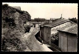 51 -  MERLAUT (Marne) - Rue D'Ouen - France
