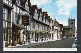 STRATFORD-UPON-AVON - The Grammar School And Guild Chapel CPM    N° 3552 - Stratford Upon Avon
