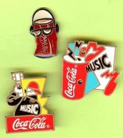 3 Pin's Coca-Cola Guitariste Music Canette Music Canette Écouteurs Lunettes Noires (Piles à Changer) - #685 - Coca-Cola