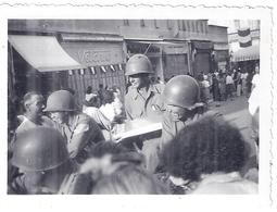 """LIBERATION 1945 -""""ORFEVRERIE WISKERMANN""""  BRUXELLES  -MILITAIRES DEFILENT EN JEEP - War, Military"""