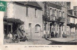 S2383 Cpa 23 Dun Le Palleteau - Place De L'Eglise - Dun Le Palestel