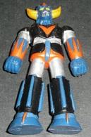 Vintage Années 1970-80's, Figurine En Plastique Goldorak, Grendizer, Variété Pieds Bleus - Goldorak