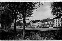 SAINT LEU LA FORET La Place Du Maréchal Foch La Poste Les écoles Cpsm Format Cpa - Saint Leu La Foret