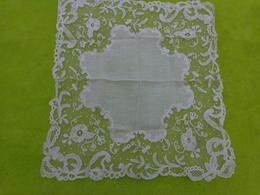 Mouchoir Ou Pochette Dentelle - Handkerchiefs