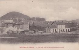 Bu - Rare Cpa BRUYERES En VOSGES (Vosges) - La Gare, Vue Prise Des Baraquements D'Infanterie - Bruyeres