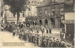 SARLAT - P.D.S -SOUVENIR DE LA VISITE DE M.POINCARE PRESIDENT DE LA REPUBLIQUE-M.POINCARE PASSE DEVANT L'HOTEL DE VILLE - Sarlat La Caneda