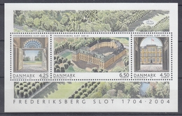 +H815. Denmark 2004. Frederiksberg Castle. Bloc. MNH(**) - Blocchi & Foglietti