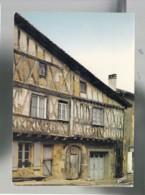 CP (16) Confolens - Vieille Maison - Confolens