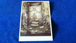Sacre Grotte Vaticane Urne In Einer Nische Vatican - Vaticano