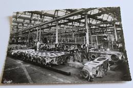 La Creusot - Usine Schneider - Chaine De Montage Des Tracteurs - Le Creusot