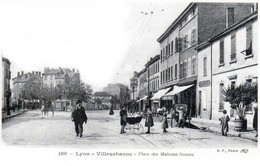 Lyon - Villeurbanne - Place Des Maisons Neuves - Très Beau Plan Animé - Villeurbanne