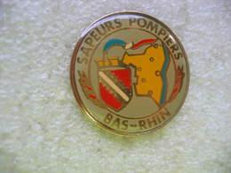Pin's Des Sapeurs Pompiers Du Bas Rhin - Firemen