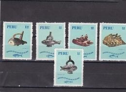 Peru Nº 533 Y A291 Al A294 - Perú