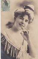 1903 CPA- CAUX. REUTLINGER. CIRCULEE URUGUAY, MONTEVIDEO- BLEUP - Artisti