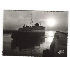 62 Boulogne Sur Mer Crepuscule Sur La Jetée Bateau Paquebot CPSM GF Edit Estel N°88651 , Carte Neuve - Boulogne Sur Mer