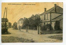 Saint Pierre D'Eyraud La Mairie Et Les écoles - Altri Comuni