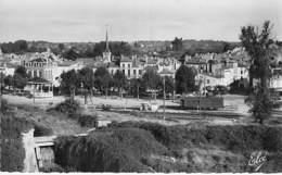 33 - BLAYE : Depuis La Citadelle , Vue Sur La Ville - CPSM Dentelée Noir Et Blanc Format CPA - Gironde - Blaye
