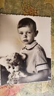 Vintage Original Photo  - Petit Garçon - Little Boy And Toy, 1980s - Anonymous Persons
