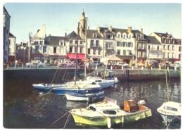 CPSM 44 - MX 9405. LE CROISIC - Les Bateaux De Plaisance Devant Les Quais - Le Croisic
