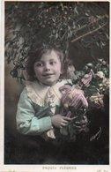 96Ve   Petite Fille Fillette Avec Poupée Polichinelle - Portraits