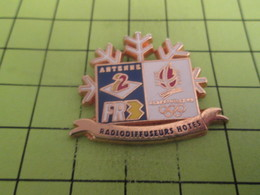 313d Pin's Pins / Beau Et Rare / THEME : JEUX OLYMPIQUES / ALBERTVILLE ANTENNE 2 FR3 RADIODIFFUSEURS HOTES - Olympic Games