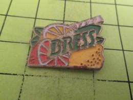 611b Pin's Pins / Beau Et Rare / THEME : BOISSONS / JUS DE CITRON OU D'ORANGE - Beverages