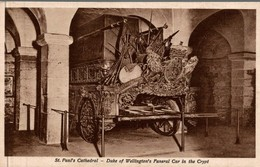 ST PAUL'S CATHEDRAL - DUKE OK WELLINGTON'S FUNERAL CAR IN THE CRYPT - St. Paul's Cathedral
