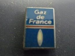 Pin's GAZ DE FRANCE @ 14 Mm X 11 Mm - EDF GDF