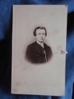 Photo CDV Moebus In Hannover - Portrait Jeune Homme , Circa 1865 L449 - Fotos
