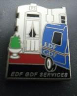 Pin's EDF GDF Services Camionette Utilitaire Bleu - Maison N° 92 @ 29 Mm X 21 Mm - EDF GDF