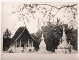 LAOS LUANG PRABANG  PHOTO DE VAT ARAM 1953 - Places