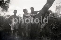 60s MAN MEN SOLDIERS AFRICA AFRIQUE 60/90mm AMATEUR NEGATIVE NOT PHOTO NEGATIVO NO FOTO Gay Int - Other