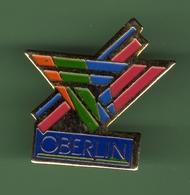 OBERLIN *** 1022 - Badges
