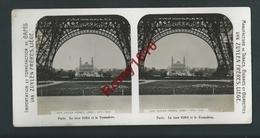 Photo Stéréoscopique. Paris, Tour Eiffel Et Trocadéro. Au Dos, Publicité Café, Tabacs Cigares. Van Zuylen. 2 Scans. - Photos Stéréoscopiques