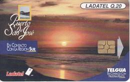 TARJETA DE GUATEMALA DE EL PUERTO DE SAN JOSE CHIP ROJO  (PUESTA DE SOL-SUNSET) - Guatemala