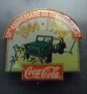 Pin's COCA COLA JEEP 1944 - 1994 @ 50 Ans Du Débarquement Militaire En Normandie WW2 @ 25 Mm X 22 Mm - Militaria