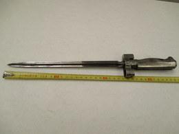Baionnette De Fusil Lebel S/F 2em Model - Fonctionne, Poignée En Fer  - 36 Cm- A Nettoyer Vendu En L'état Pour Pieces - Armes Blanches