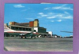 MADRID Aeropuerto Airport Aéroport Flughafen Empresa  IBERIA  Avion CONVAIR  CV 440 - Madrid