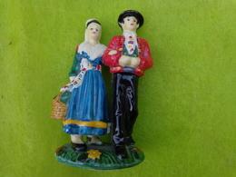 Couple Porcelaine (region A Determiner) - Unclassified