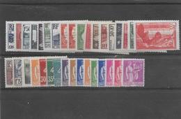 Année 1937 Complète Hors PEXIP N° 334 à 371 ** TTBE - Cote Y&T 2020 De 592 € - ....-1939