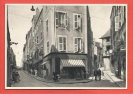 C.P.A. METZ - En Fournirue, En Jurne Et Maison De Rabelais - Metz
