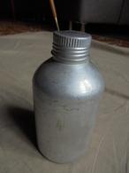 Ancienne Bouteille En Aluminium - Otras Botellas