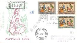 FDC Vaticano 1962 - Natale - Viaggiata - Francobolli