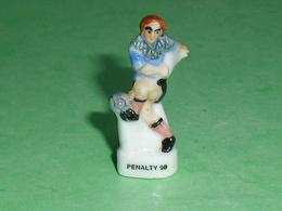 Fèves / Sports : Foot , Penalty 98 ( Avec Trou Dessous )    T14 - Sports